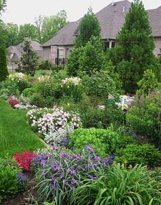 formal-garden-pastels