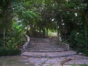 Bot G stairs (2)