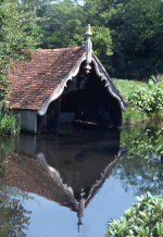 boat house O F