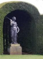 statue in niche O K