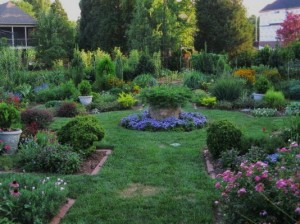 formal-garden-overview-300x224
