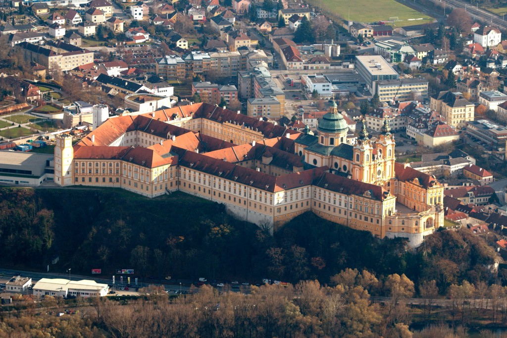 Melk_Abbey_aerial_Wikipedia